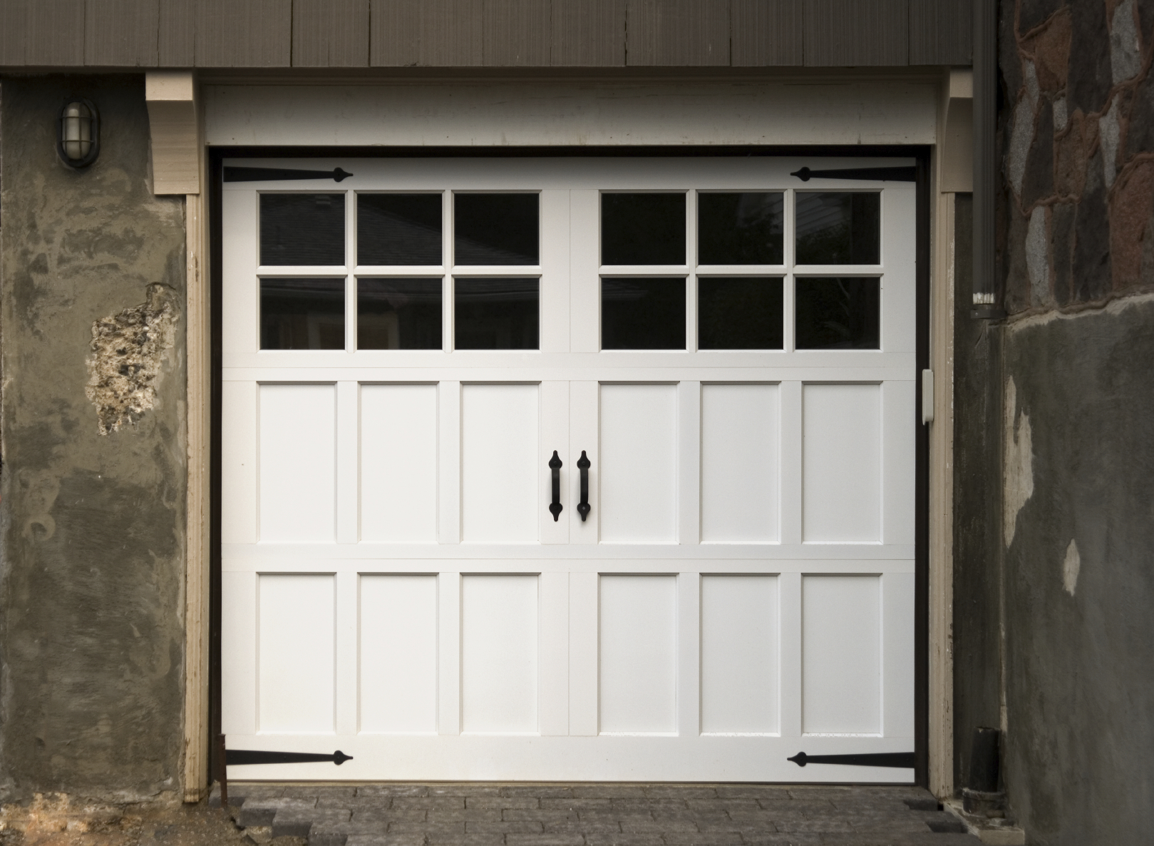 Carriage style garage doors carroll garage doors for 2 door garage door