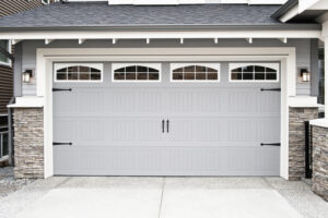 Help – I Need Assistance Choosing the Best Color for My Garage Door!